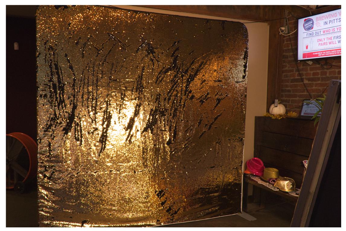 Black & Gold Flip Sequins 8x8